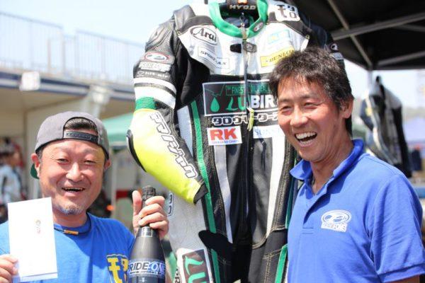 左:タロウモータース代表 谷津太郎氏  右:プライドワン代表 和田功一氏