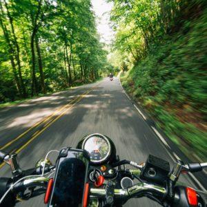 音楽以外にも使えるバイクグッズ:バイク用スピーカー